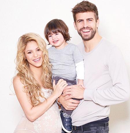 Шакира пике и их сын