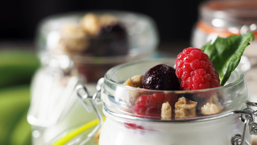 probiotic yogurt for skin health and skin care