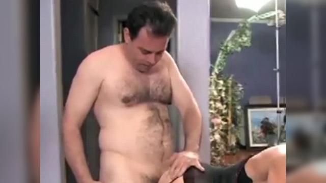 Бурный оргазм мужской видео