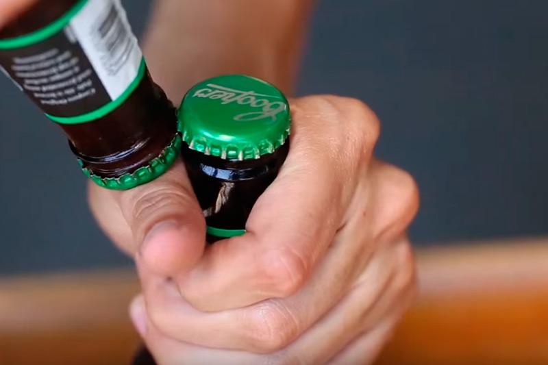 Как легко открыть бутылку пива