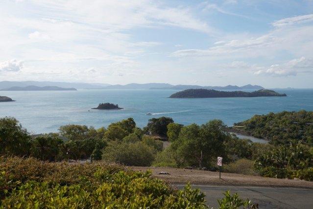 ウイッツサンデー諸島を一望する