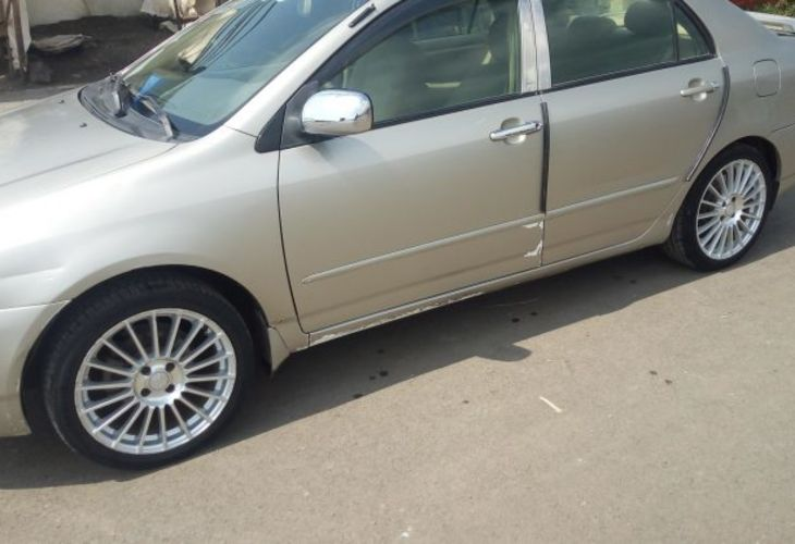Corolla  Toyota 2003