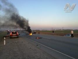 Авария в Баратаевке с двумя мотоциклистами. Фото и видео