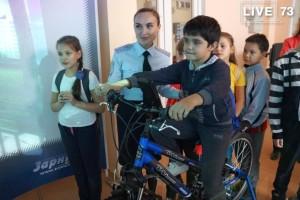 Занятия в автогородке помогают ульяновским школьникам увереннее чувствовать себя на дорогах города