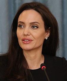 Angelina Jolie March 2017.jpg