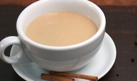 Фото: чай с имбирем и молоком