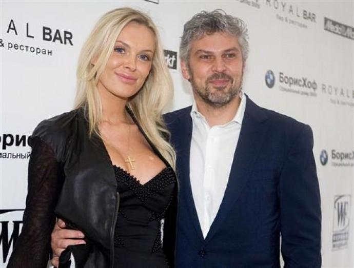 Жена Николая Саркисова Илона Котелюх избита
