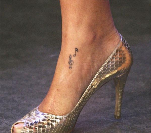 Photo of rihanna new tattoo