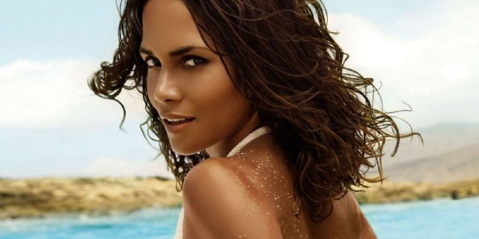 Halle berry daddy