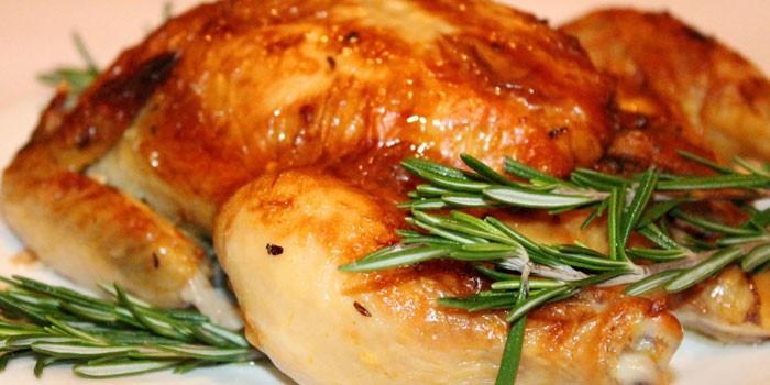 Сколько градусов запекать курицу в духовке