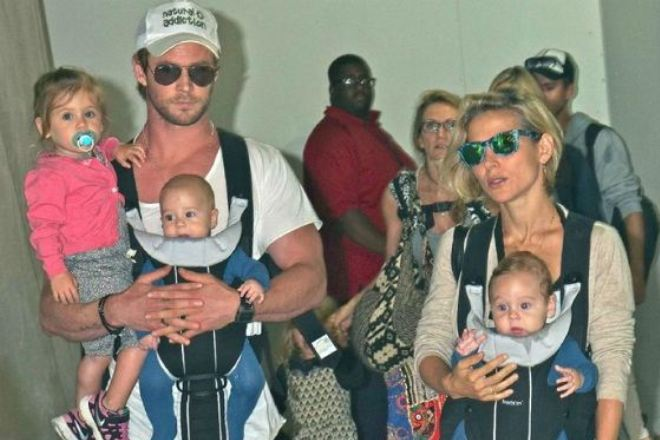 Крис Хемсворт с семьей