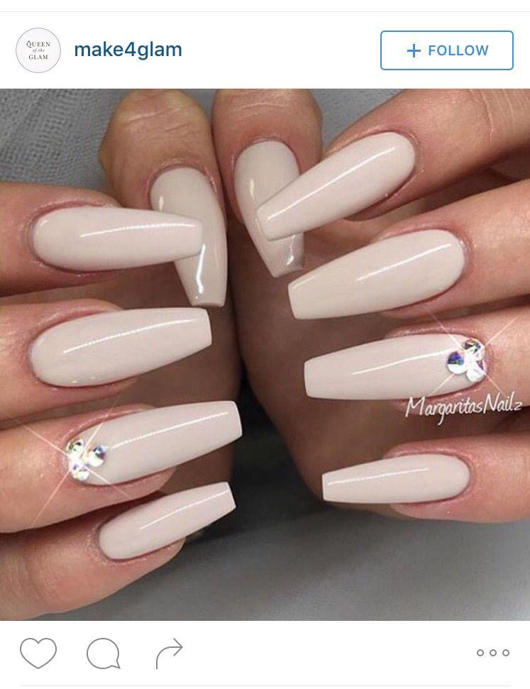 Nails cream