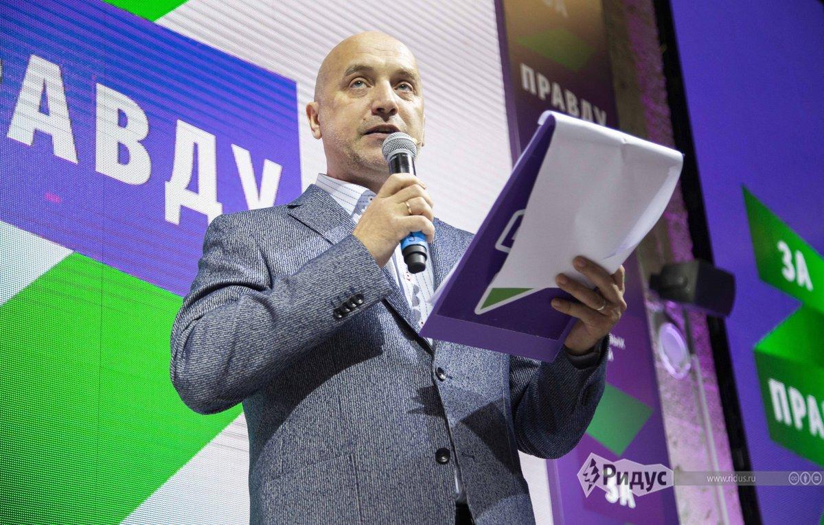 Захар Прилепин и Стивен Сигал собираются влиять на элиты в РФ