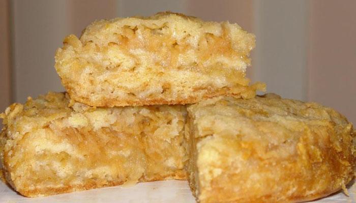 Пирог с яблочный вареньем