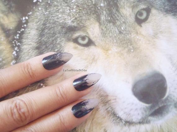 Halloween werewolf nails
