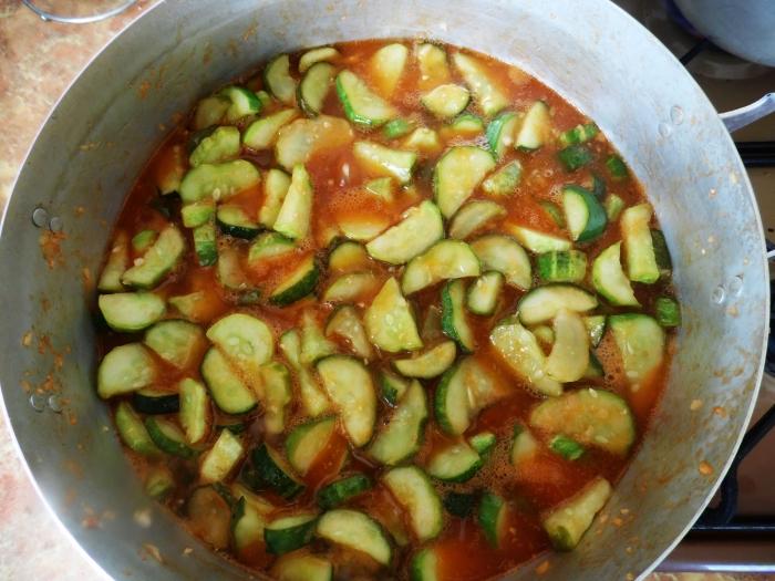 лечо на зиму с краснодарским соусом
