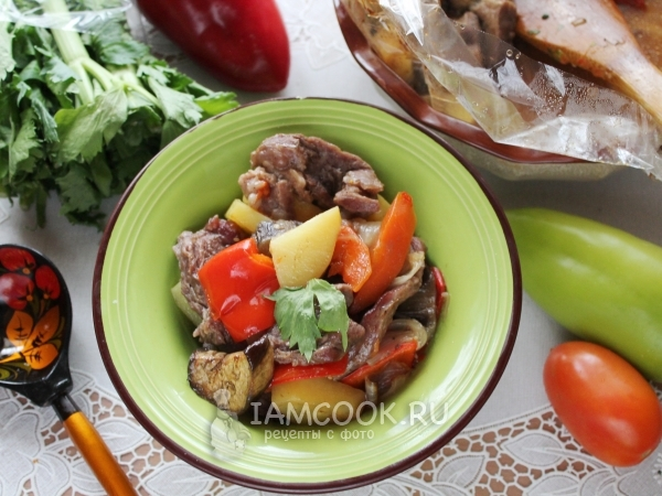 Говядина с овощами в рукаве в духовке — рецепт с фото пошагово