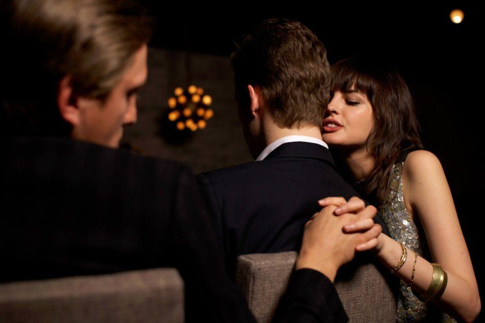 Чувствует ли жена измену мужа