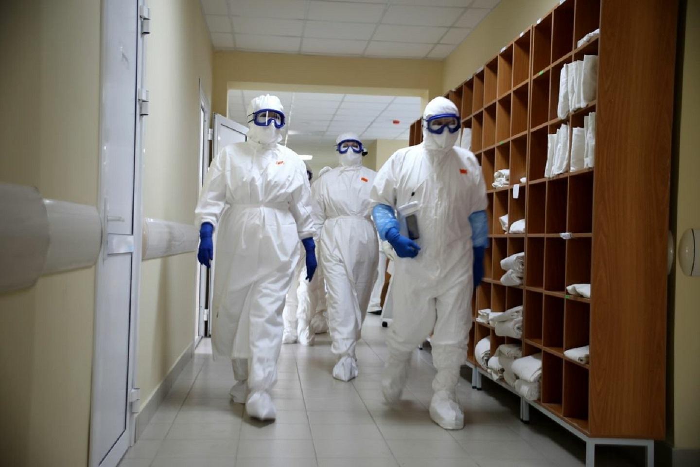 Военные медики помогли вдвое увеличить коечный фонд в Курганской области