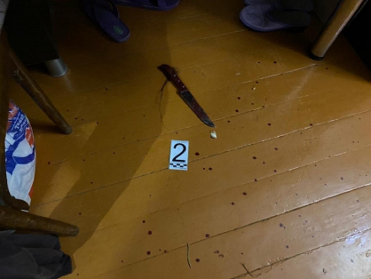 Курганец под Новый год убил бывшую и попытался свести счеты с жизнью