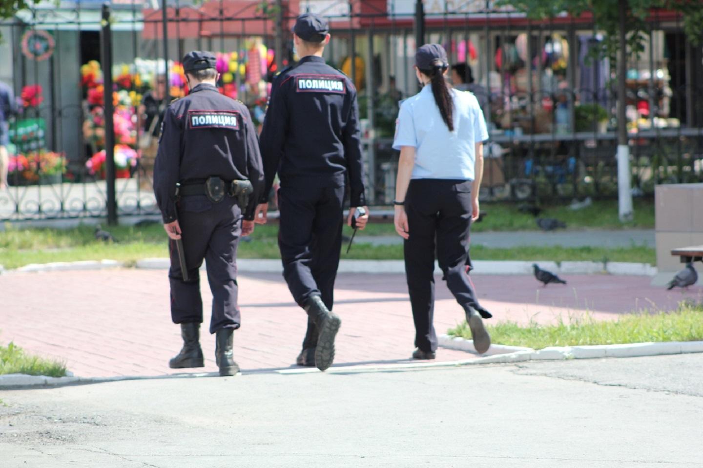 Высокопоставленные полицейские организовали преступную группу и отнимали деньги у своих же