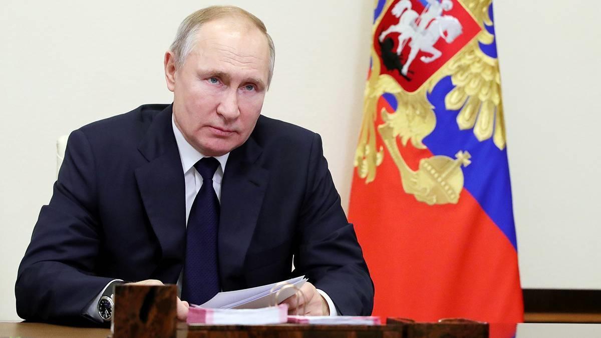 Путин одобрил инициативы «Единой России» о защите гарантированного минимального дохода и занятости населения