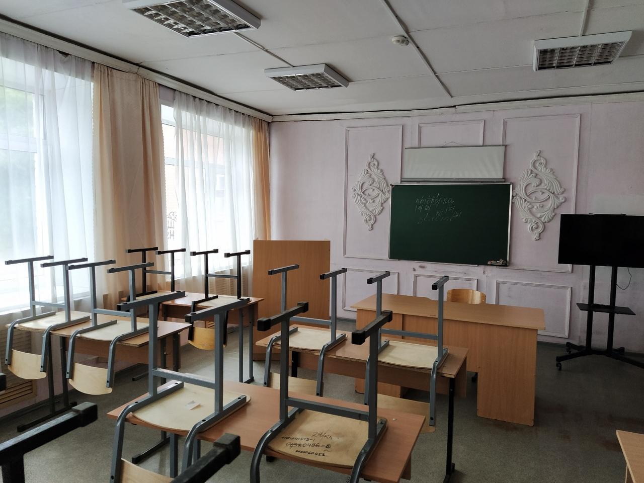 В Курганской области заранее отменили занятия для школьников с 1 по 11 класс: погода ужасна