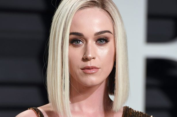 Female celebrities names and pictures