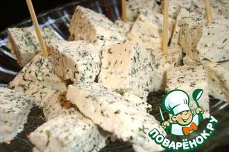 Рецепт: Мягкий домашний сыр с укропом