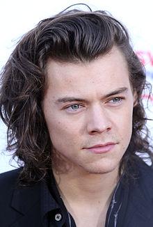 Harry styles neck pendant