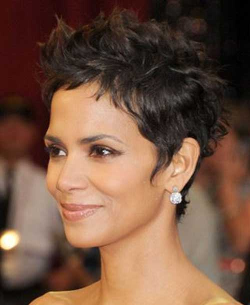 Halle berry short haircut pictures