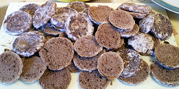 Как приготовить из пряников торт