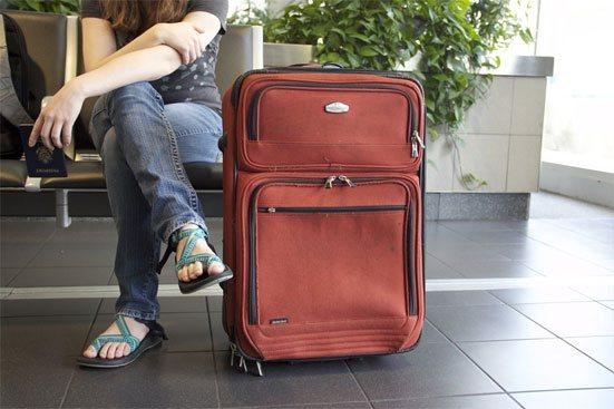 Кто может ограничить выезд за границу за долги