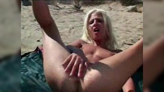 Сквирт порно кончает
