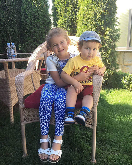 Стиль звездных детей: сын певицы Жасмин - Мирон