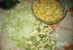 Овощное рагу на костре в казане