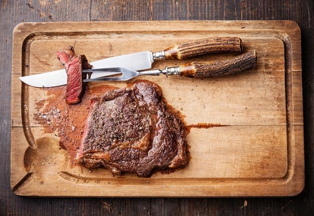 Фотография: в стиле , Ужин, Основное блюдо, Жарить, Мясо, Секреты кулинарии, 15 минут, Кулинарные рецепты, Советы, Обед – фото на InMyRoom.ru