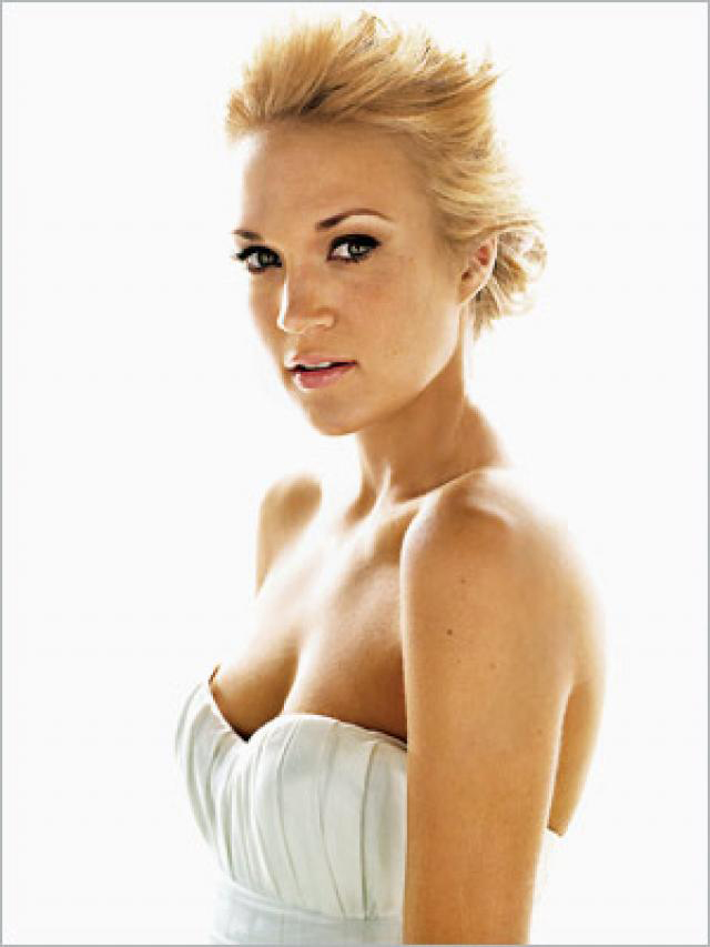 Carrie Underwood sexiest pictures from her hottest photo shoots. (15)