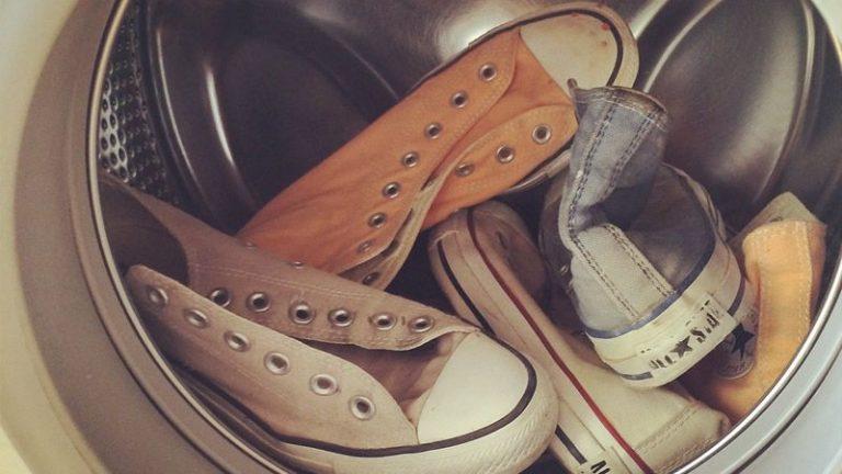 На каком режиме стирать обувь