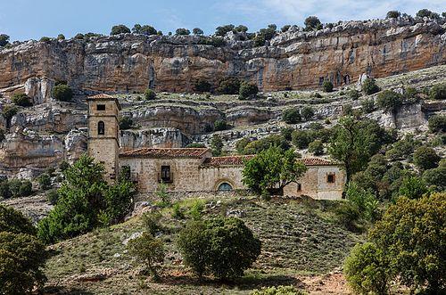 Бенедиктинский монастырь в Гольмайо, провинция Сория, Испания