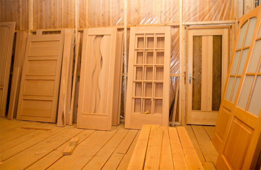 Производство двери деревянные