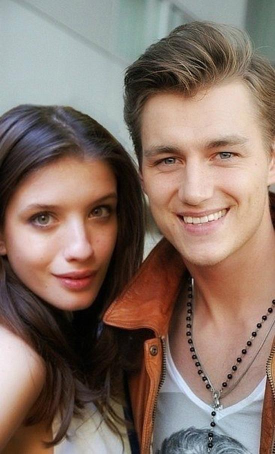 Алексей воробьев фото с братом