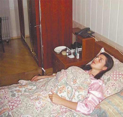 Избитая Жасмин в больнице