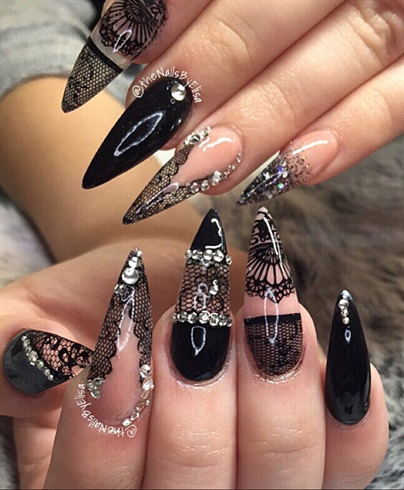 Lace art nails