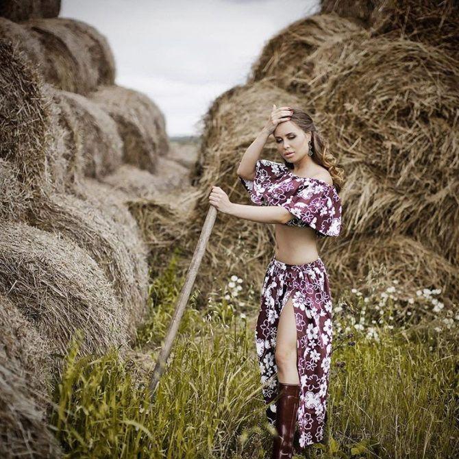 Юлия Михалкова фото с сеном