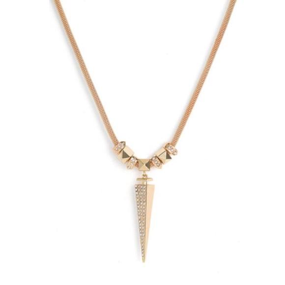 Kim kardashian dagger necklace