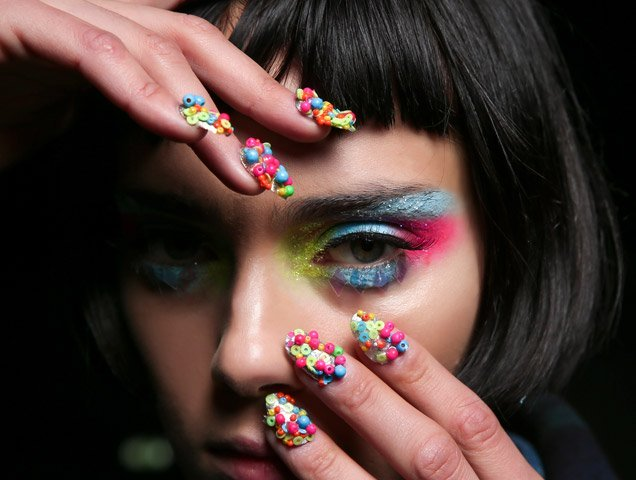 How to get strong nails after acrylics