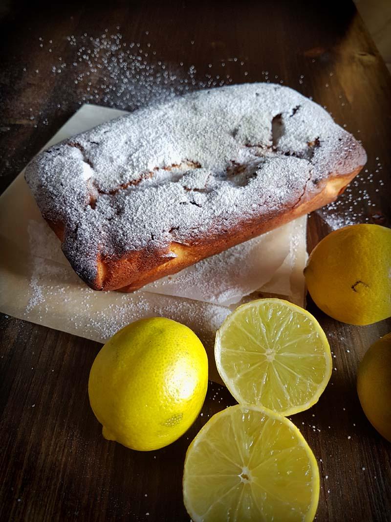 Torta al limone - plum cake