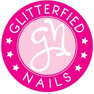 Nails glitters