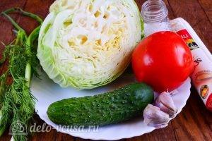 Салат из капусты огурца и помидора